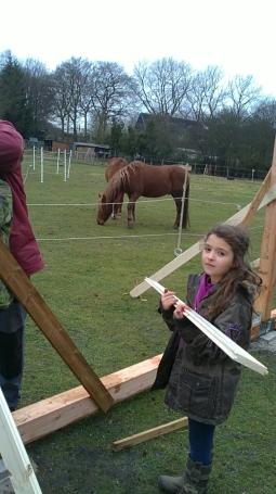 ... wurden auch jüngere Kinder mit in die Arbeiten einbezogen.