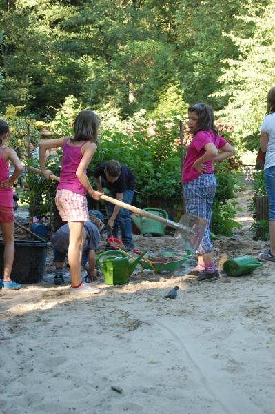 Kinderarbeit ... (Foto: Rainer Deimel)
